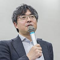 新建新聞社・三浦祐成さん写真200pix